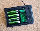 VARTA LCD Smart Charger - test ładowarki z wyświetlaczem LCD